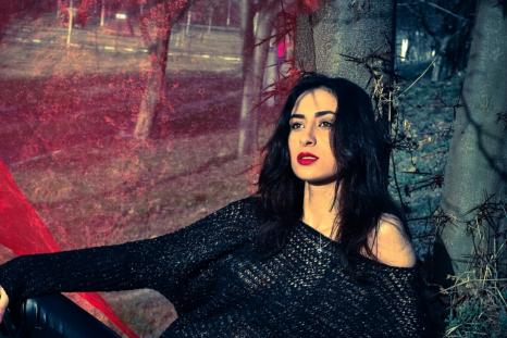 Newsweek AMPLIFY - Fashion Women Can Disregard