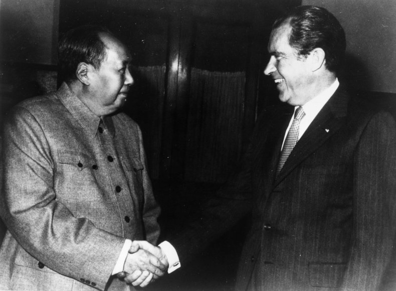 Mao Zedong and President Richard Nixon in