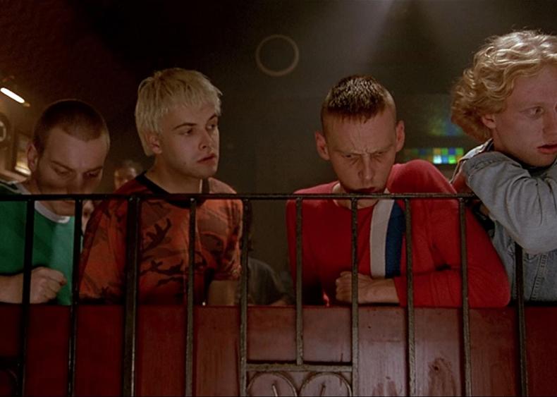 #98. Trainspotting (1996)