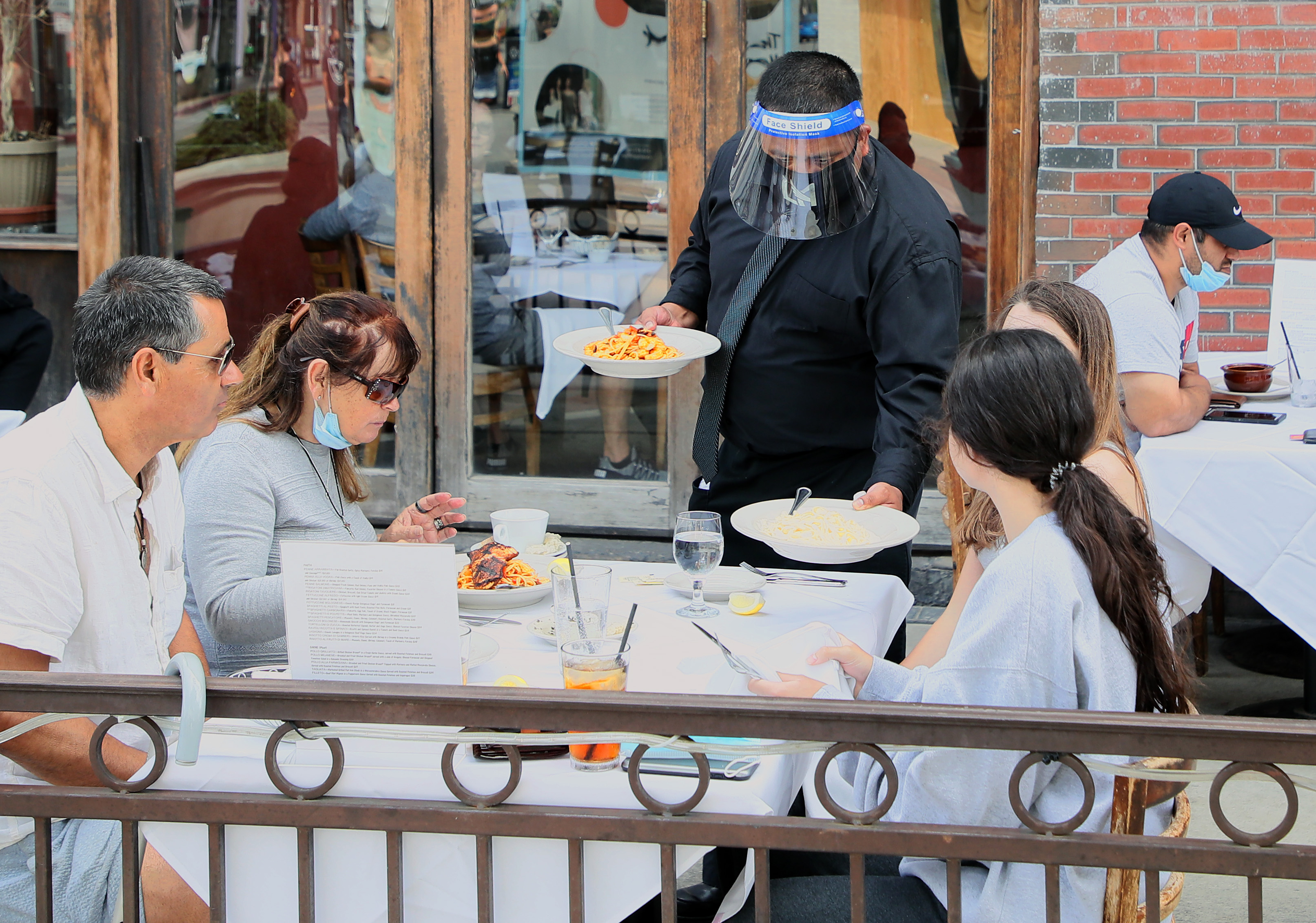 California restaurant set on fire due to mask policy: police