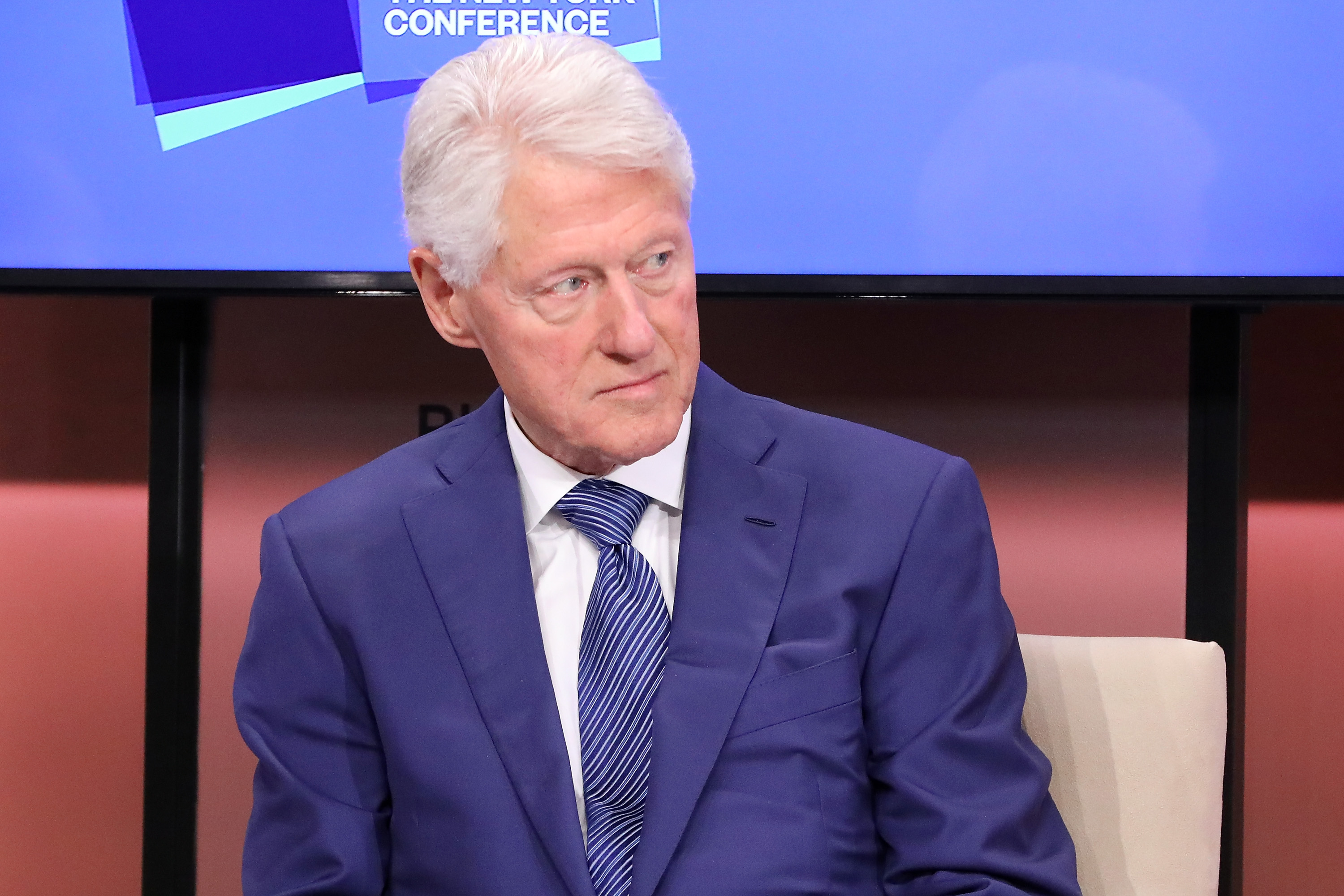 "Bill Clinton went to Jeffrey Epstein's island with 2 ""young girls,"" Virginia Giuffre says"
