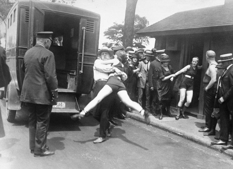 chicago-bathing-suit-arrests