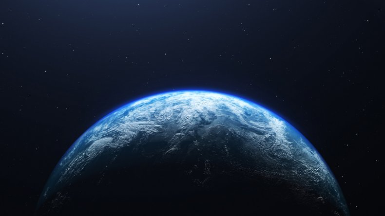 Watch Carl Sagan Prove Flat Earthers Wrong