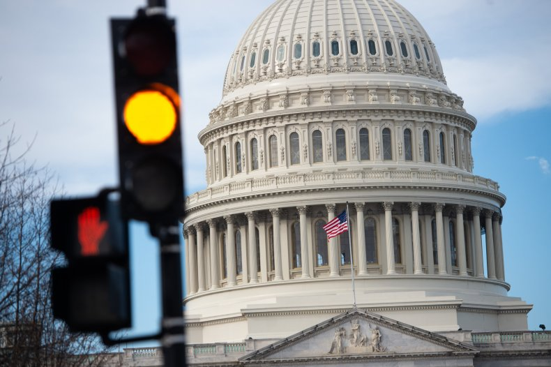 Congress must avert government shutdown