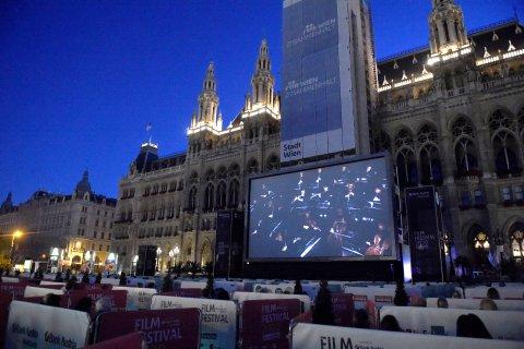 CUL_Map_Movies_Vienna's Rathausplatz, Austria