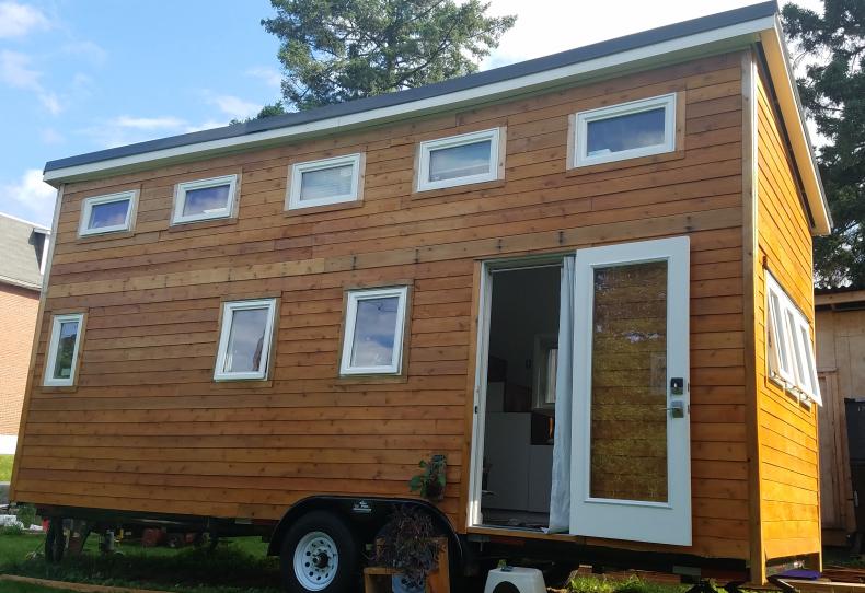 Tiny home, architecture, alternative living