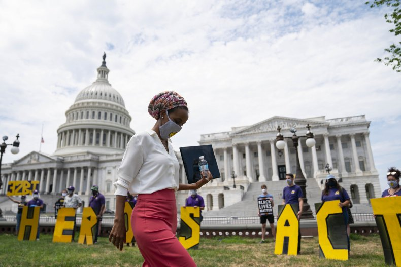 Ilhan Omar faces primary challenge