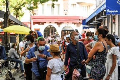 Montmartre Paris masks August 2020