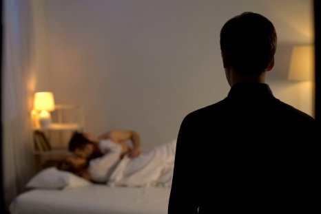 cheating, betrayal, infidelity, sexologist