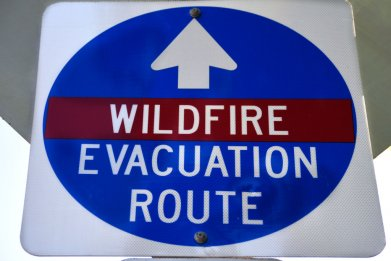 Oregon wildfire evacuation sign