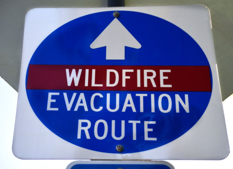 Oregon wildfire evacuation sign