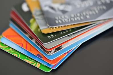 Newsweek AMPLIFY 13 Signs of Bad Credit