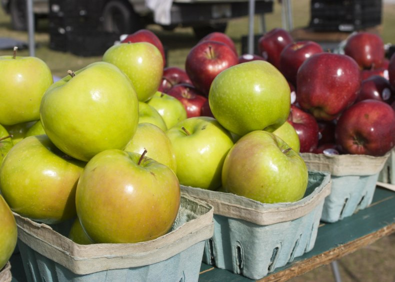 2005: New coating keeps apples fresh for longer