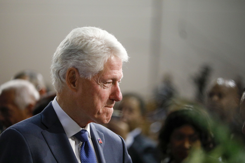 CNN staffers question Bill Clinton's primetime DNC spot in Me-Too era
