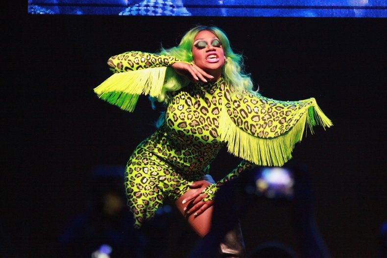 'RuPaul's Drag Race' Fans Remember Chi Chi