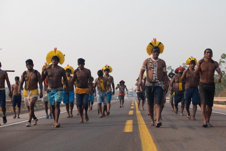 Kayapó Mekrãgnotire protest group