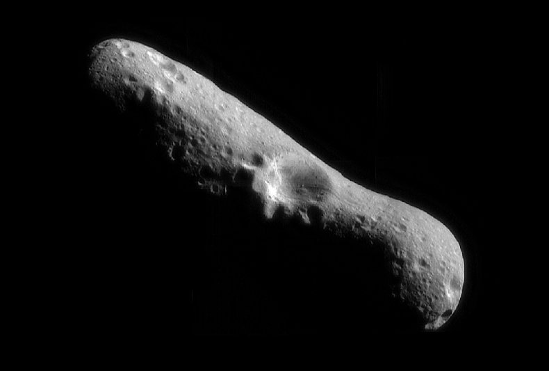 NASA image of asteroid Eros February 2000