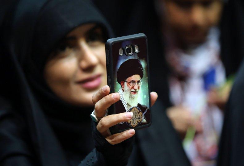Iran, Ali Khamanei, Apple, iPhome, imports, Twitter