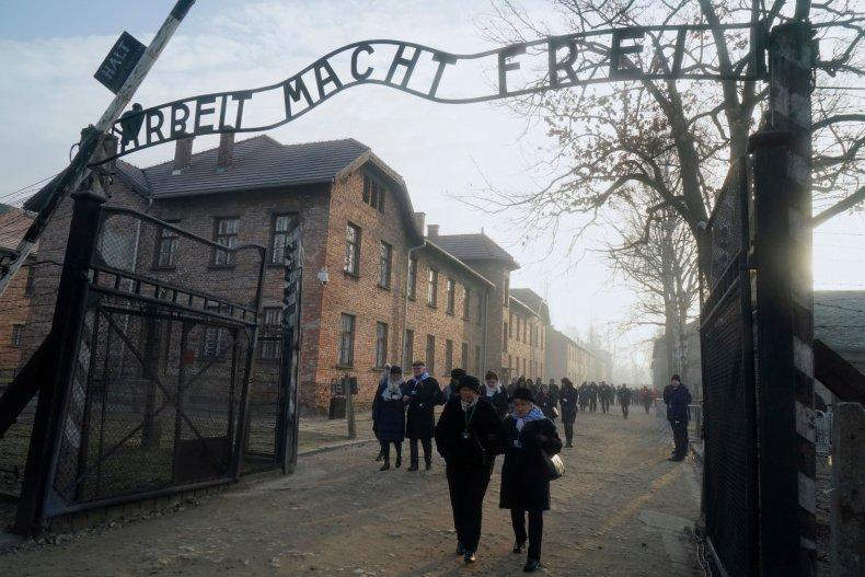 holocaust memorial tik tok auschwitz victims