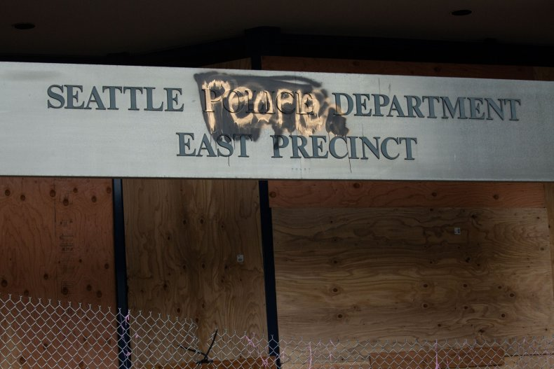 seattle man arrested fire precinct