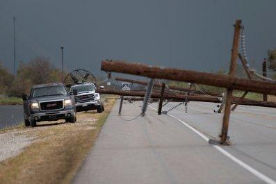 Hurricane Laura Power Lines