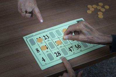 Woman Kicked Out of Bingo Hall