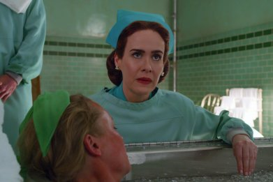 Sarah Paulson Mildred Ratchet Netflix