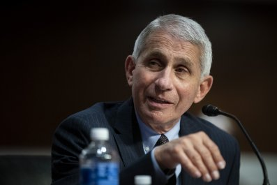 anthony fauci coronavirus colleges sending home