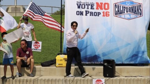 Vince Dao speaks at a political rally