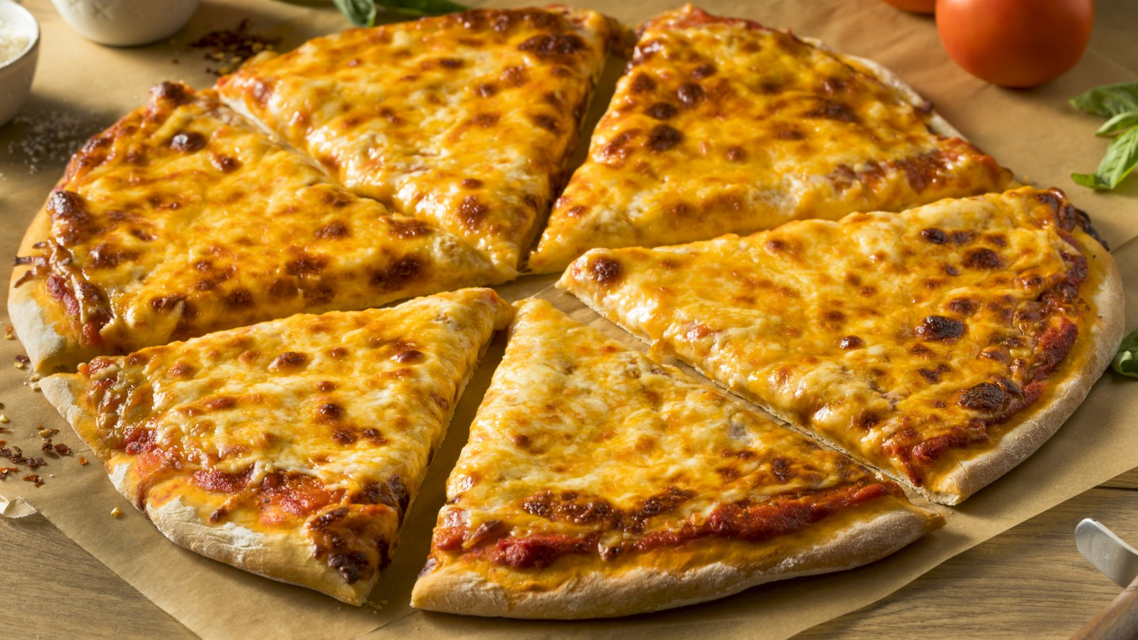 National Cheese Pizza Day Deals From Pizza Hut Cici S Pizza Blackjack Pizza And More