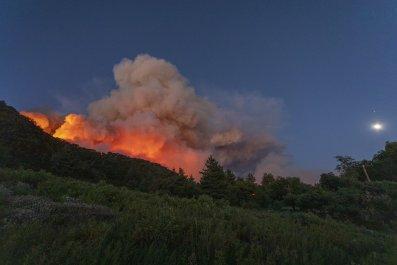 Apple Fire San Bernardino California August 2020
