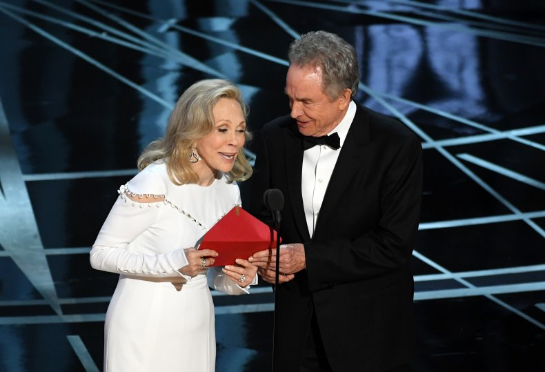 Faye Dunaway and Warren Beatty