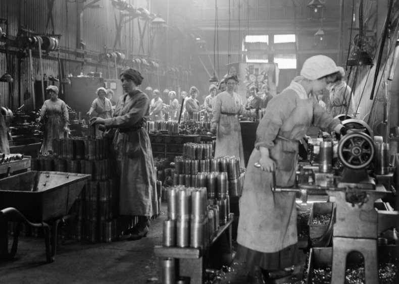 1918: Women in Industry Service publishes employment standards