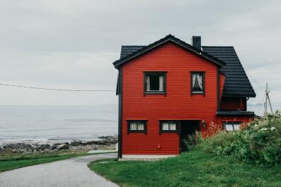 Newsweek AMPLIFY - Remote Real Estate
