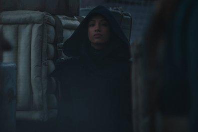 Sasha Banks Appears in 'The Mandalorian'
