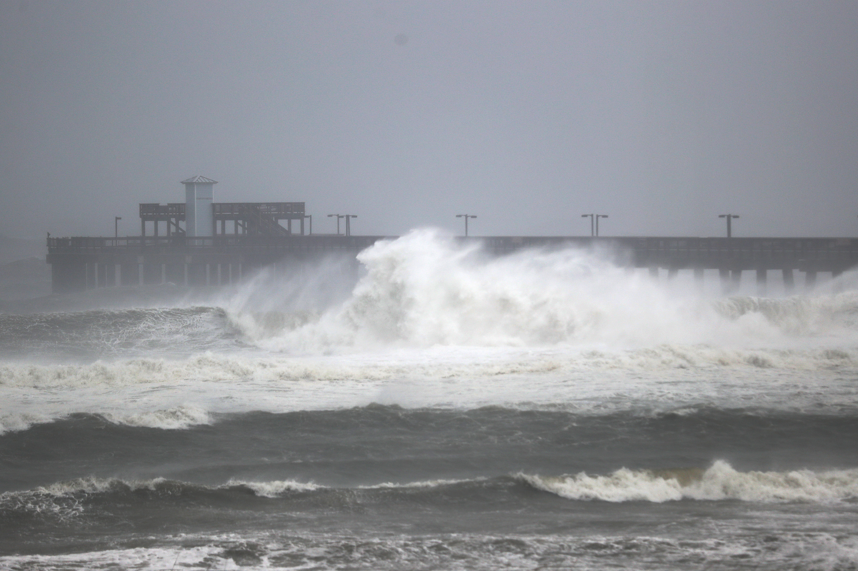 Hurricane Sally: Alabama Hit As Category 2 Storm Makes...