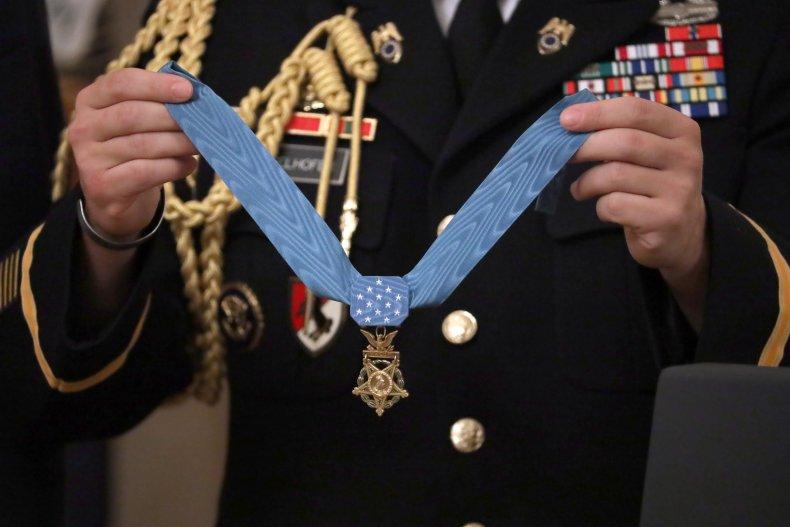 Medal of Honor Alwyn Cashe legislation Iraq