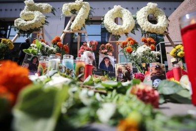 Los Angeles coronavirus deaths memorial August 2020