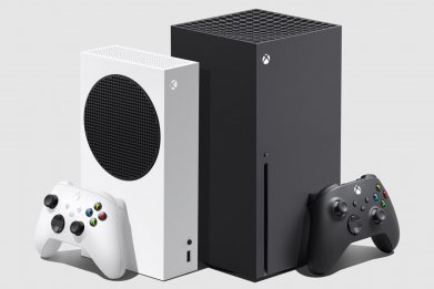 xbox series s x consoles side