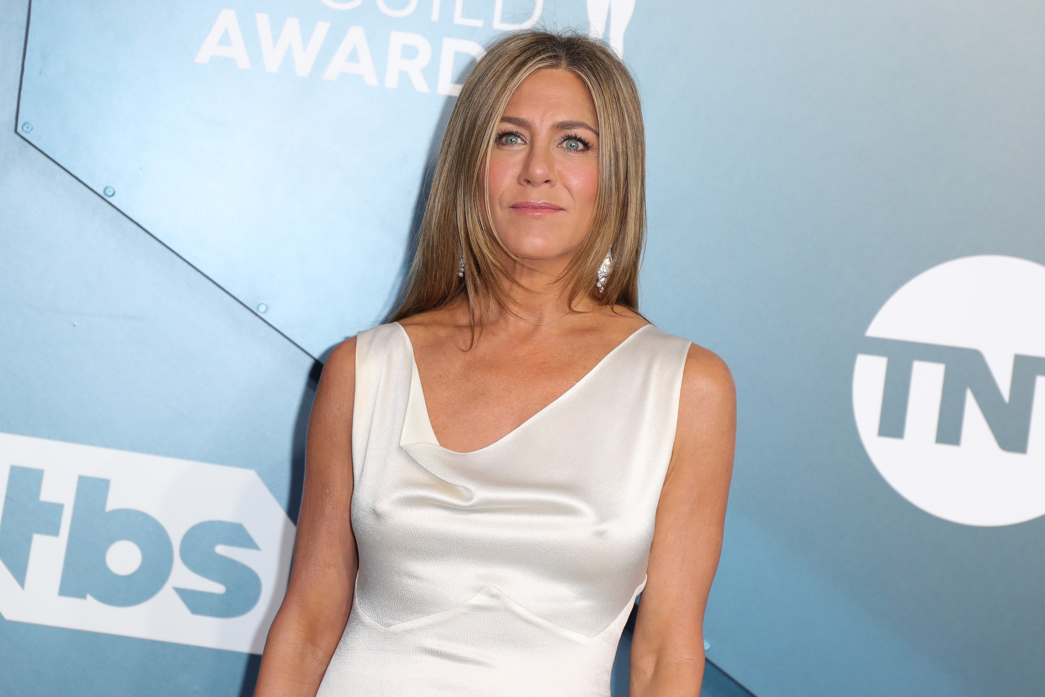 Jennifer Aniston Putting Out Fire During 2020 Emmys Is The Birth Of A Meme