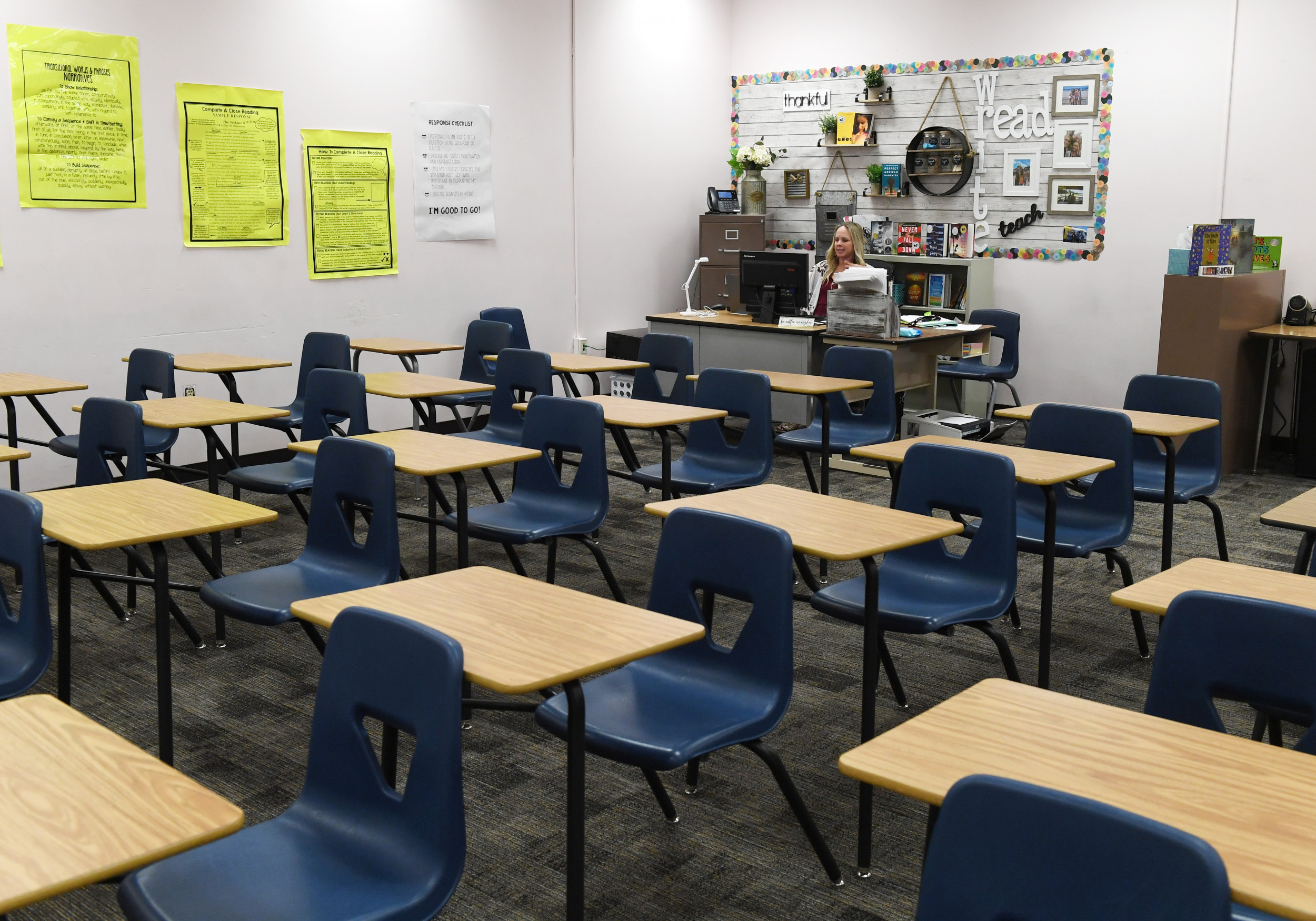 "Kenosha, Wisconsin, to investigate sudden ""surge"" in teacher absences"