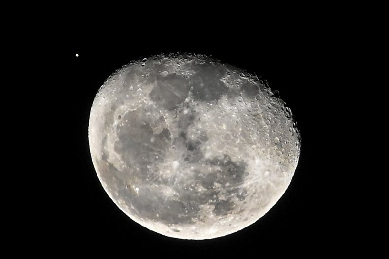 NASA Plans to Send Woman to Moon