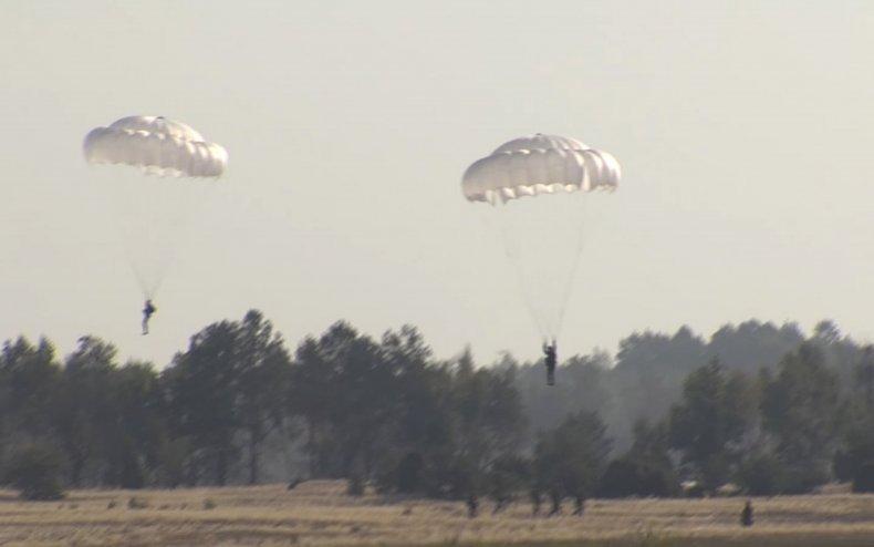russia, belarus, paratrooper, drills, border