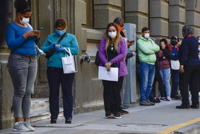 jobless unemployment line bank economy
