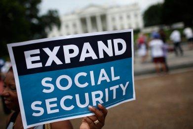 expand social security protest 2015 White House