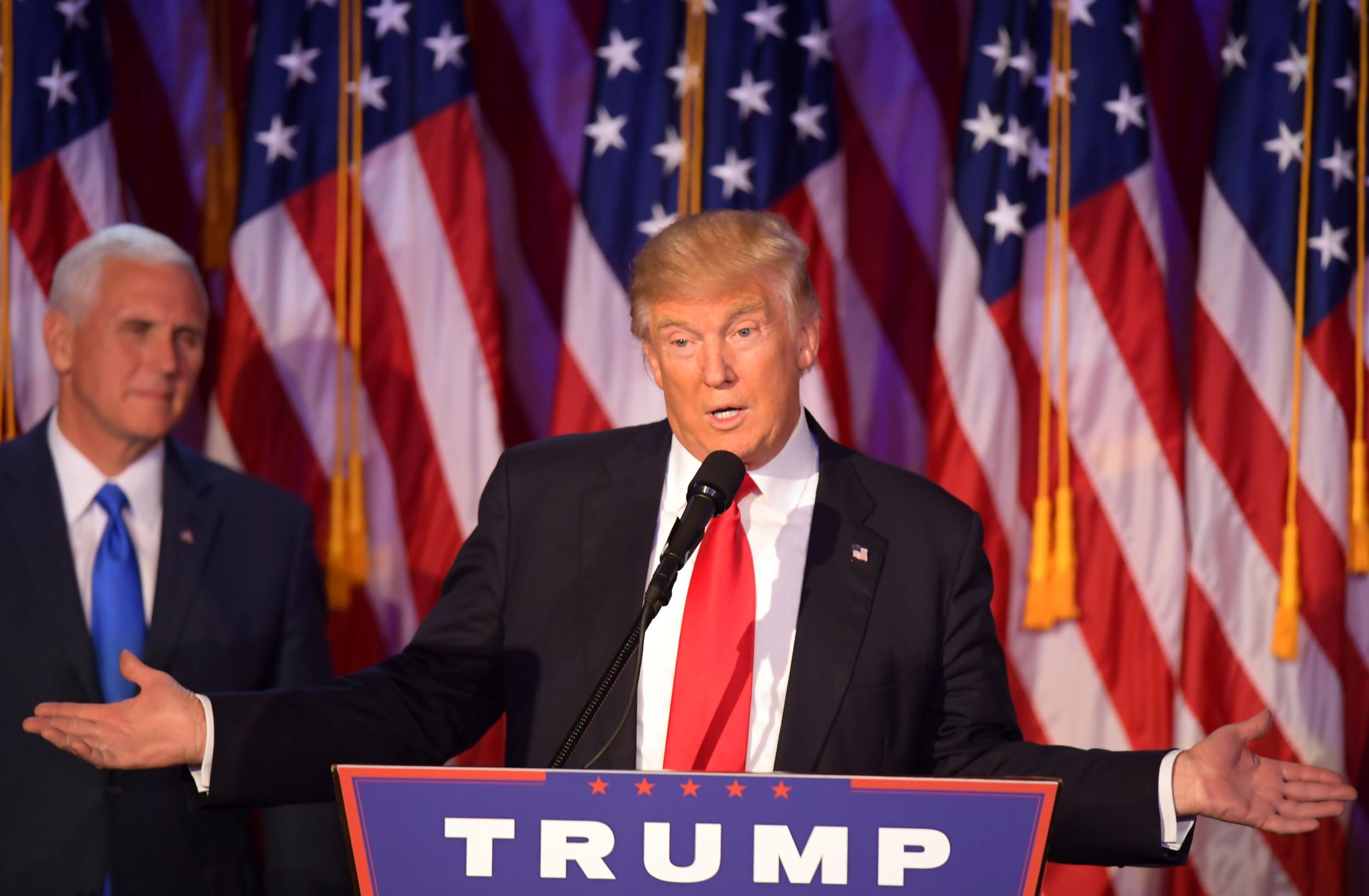Trump may win Electoral College, lose popular vote again, 2016 poll comparison shows