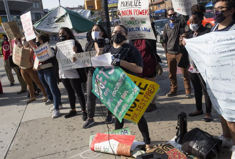 NYC teachers protest reopening