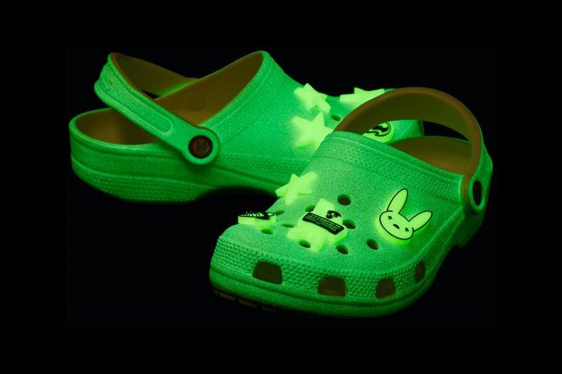 bad bunny crocs - photo #3