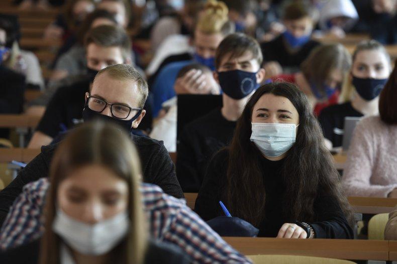 students masks world pandemic covid-19