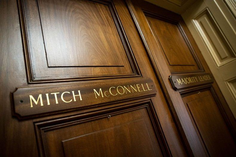 Mitch McConnell, Senate majority in jeopardy